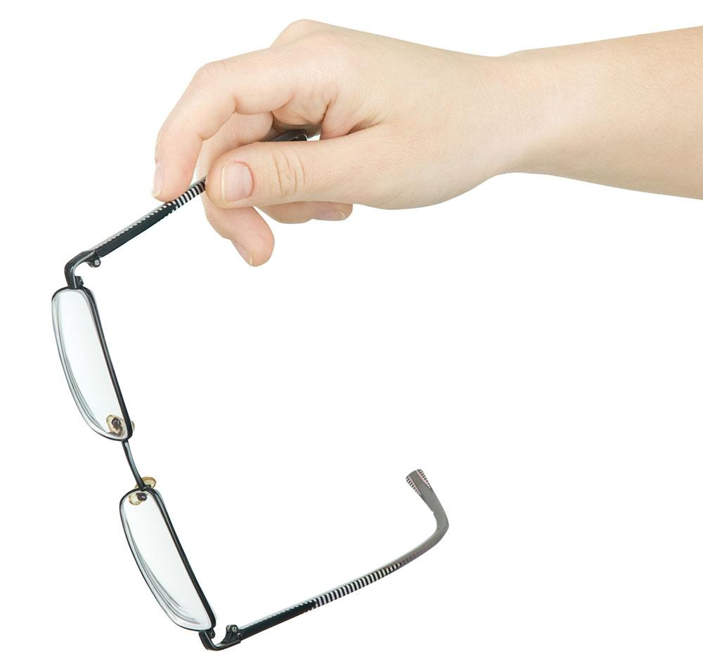 how lasik eye surgery can help people with eyeglasses improve their